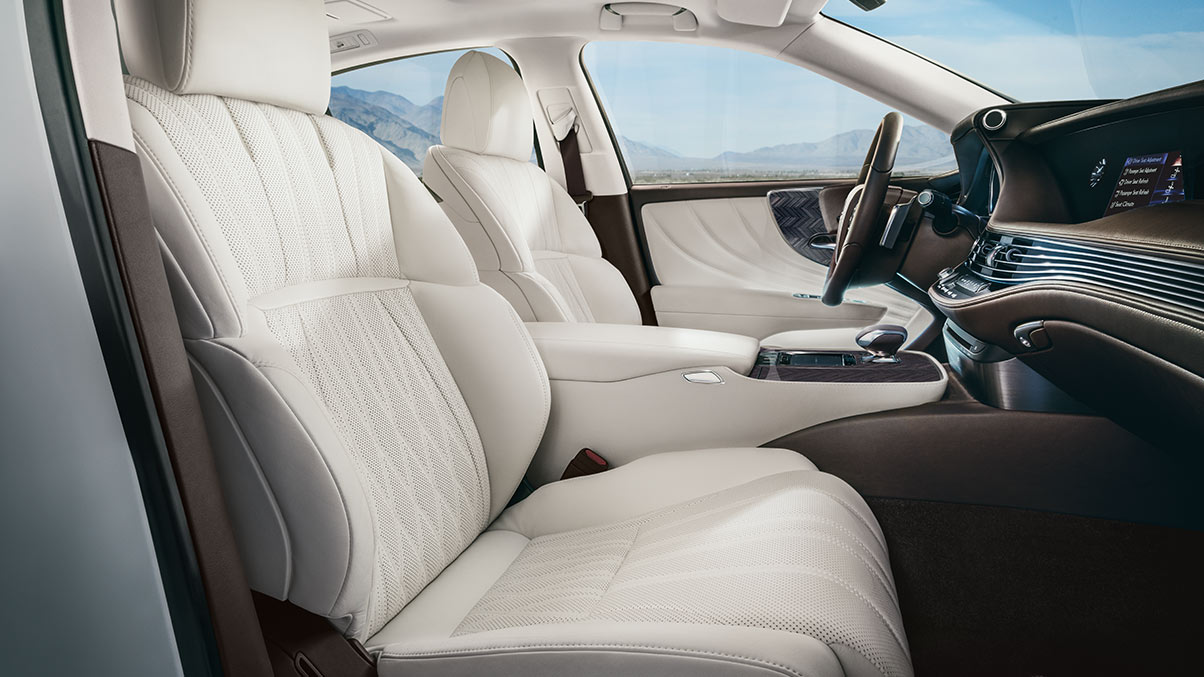 The Lexus Ls Is Packed With Comfort Jump Right In And Experience