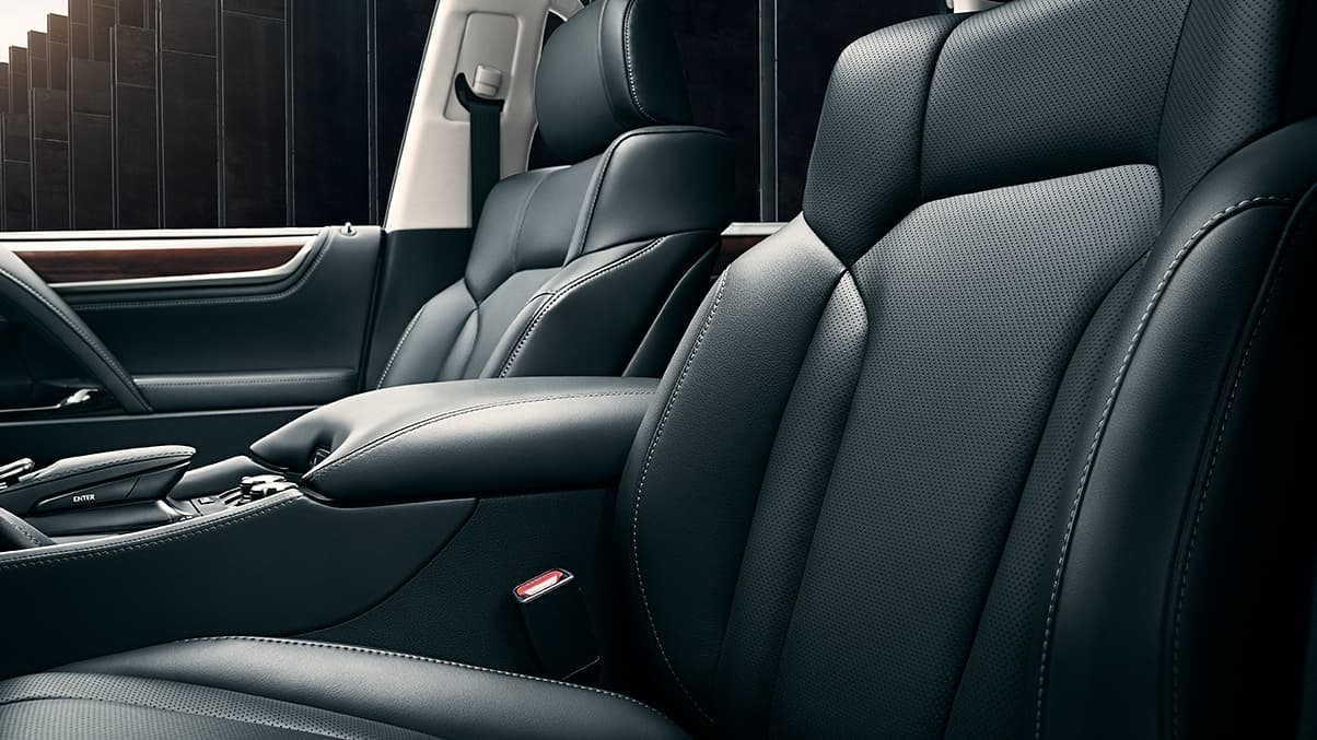 SEMI-ANILINE PERFORATED LEATHER–TRIMMED INTERIOR
