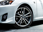 Lexus IS C Comfort and Design Features