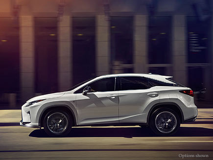 Exterior shot of the 2017 Lexus RX shown in Ultra White