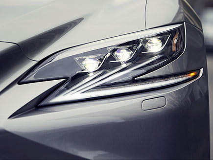 Lexus LS showing the ultra-compact Triple-Beam LED headlamps.