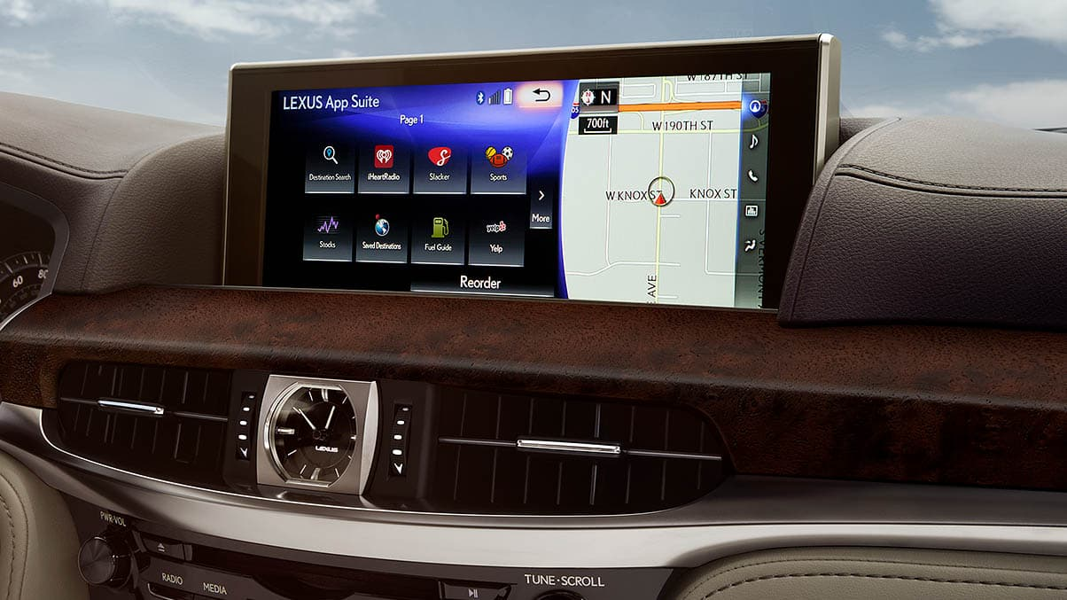 Interior shot of the 2019 Lexus LX Enform screen.