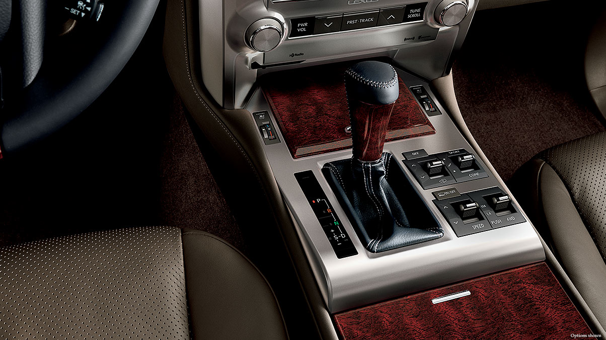 Interior shot of the 2018 Lexus GX with Mahogany wood trim.