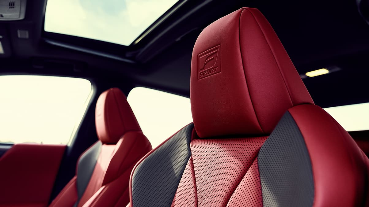 2019 Lexus ES 350 F SPORT interior shown with Circuit Red NuLuxe with Hadori Aluminum trim