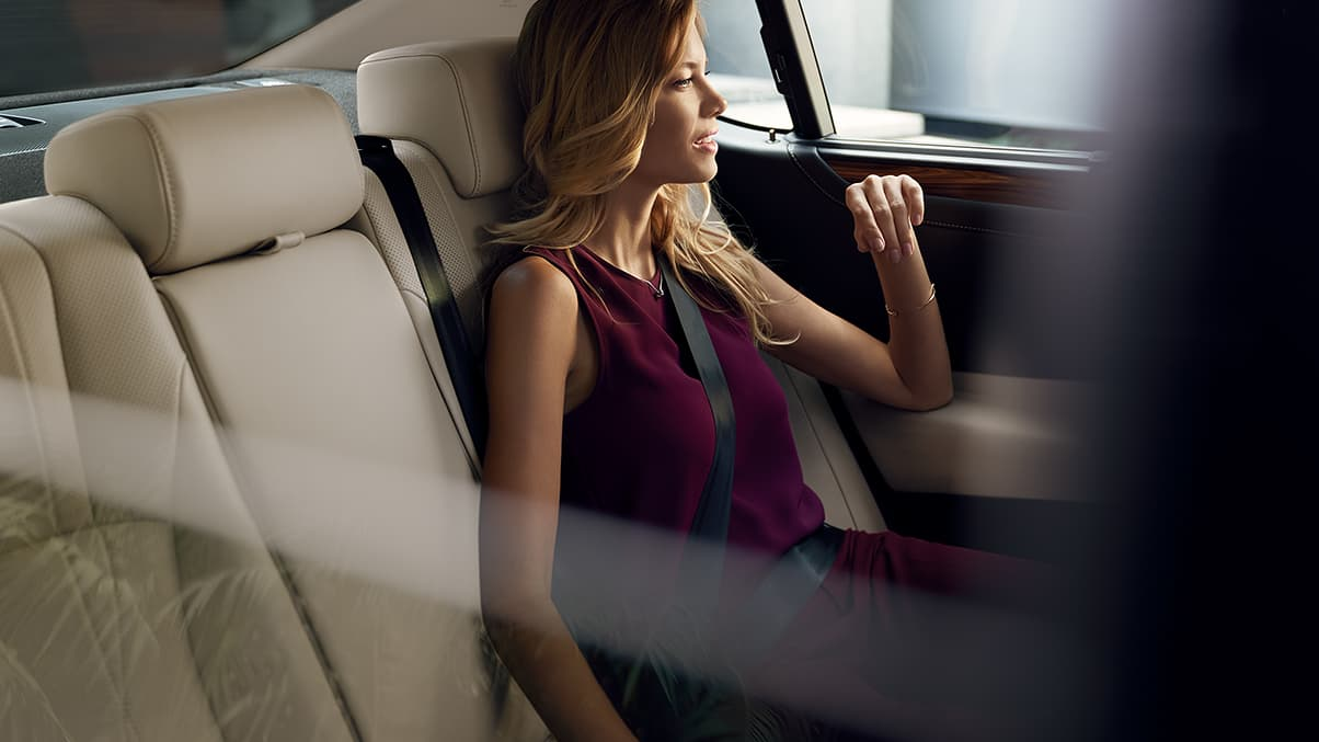 Interior shot of the 2019 Lexus ES shown with Chateau semi-aniline leather trim.