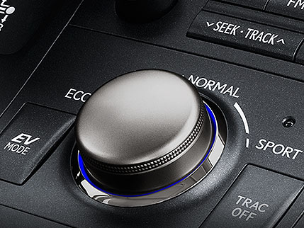 Close up shot of the 2017 Lexus CT Drive Mode Select feature.