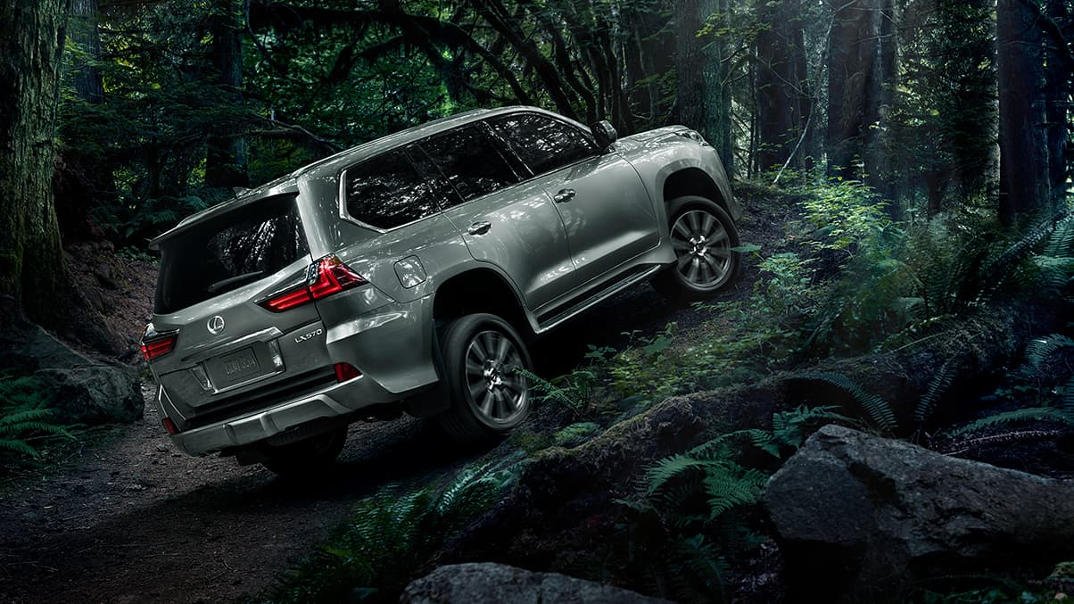 Exterior shot of the Lexus LX in Nebula Gray Pearl.
