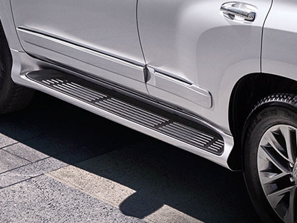 Image of COLOR-KEYED RUNNING BOARDS