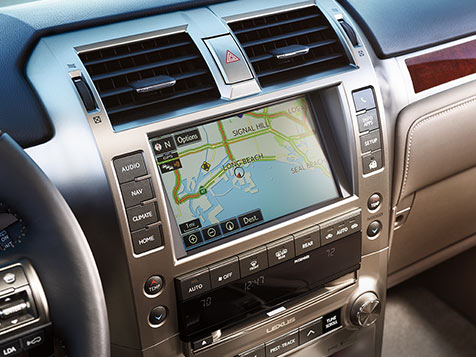 Interior shot of the 2019 Lexus GX display screen.