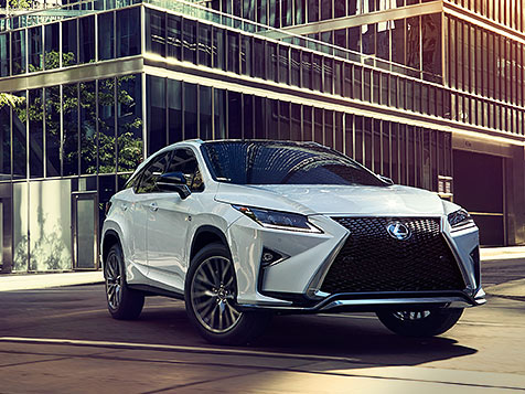 Exterior shot of the 2018 Lexus RX F Sport shown in Ultra White.