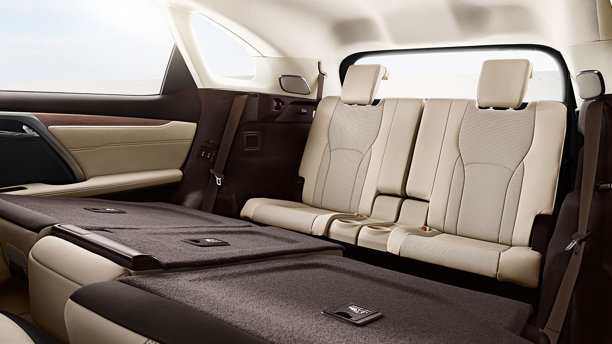 With three rows of parchment leather, power-folding seats, the 2019 Lexus RXL seats up to seven passengers. The entire second row is folded down to reveal the upright third row.