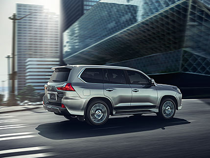 Exterior shot of the 2018 Lexus LX in Atomic Silver