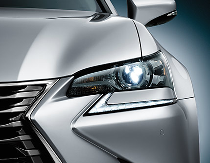 Image of LED HEADLAMPS AND LED DAYTIME RUNNING LIGHTS