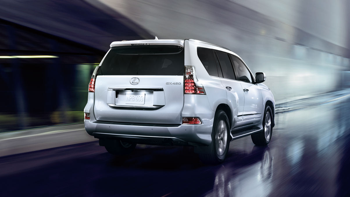Rear exterior shot of the 2019 Lexus GX.