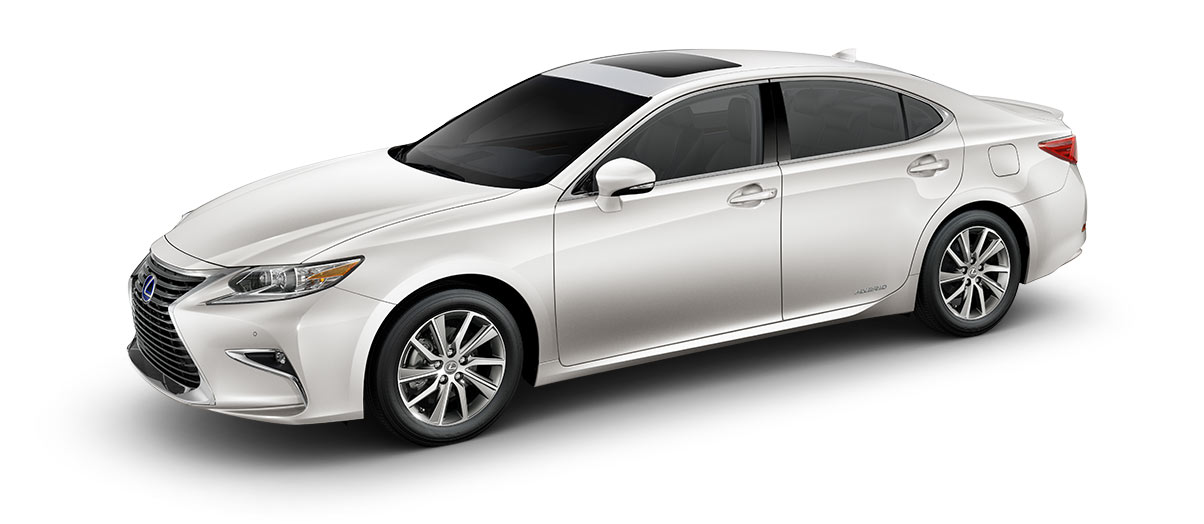 2018 es 300h in Eminent White Pearl with '17-in split-five-spoke alloy wheels<span class='tooltip-trigger disclaimer' data-disclaimers='[{\'code\':\'TIREWEAR1\',\'isTerms\':false,\'body\':\'17-in performance tires are expected to experience greater tire wear than conventional tires. Tire life may be substantially less than 15,000 miles, depending upon driving conditions.\'}]'><span class='asterisk'>*</span></span>' angle5