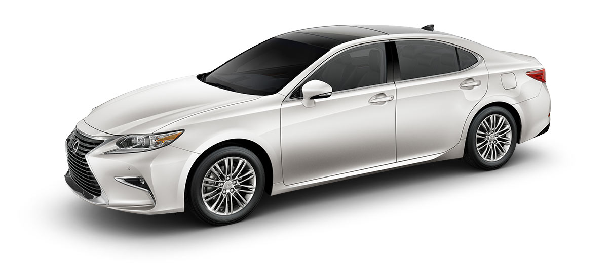 2018 es 350 in Eminent White Pearl with '17-in split-10-spoke alloy wheels<span class='tooltip-trigger disclaimer' data-disclaimers='[{\'code\':\'TIREWEAR1\',\'isTerms\':false,\'body\':\'17-in performance tires are expected to experience greater tire wear than conventional tires. Tire life may be substantially less than 15,000 miles, depending upon driving conditions.\'}]'><span class='asterisk'>*</span></span> with high-gloss finish' angle5