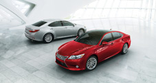 2013 Lexus ES 350 - exterior color:  Matador Red Mica (foreground) -  Liquid Platinum (background)