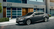 2013 Lexus ES 350 shown in Nebula Gray Pearl with available 18-inch split-10-spoke alloy wheels