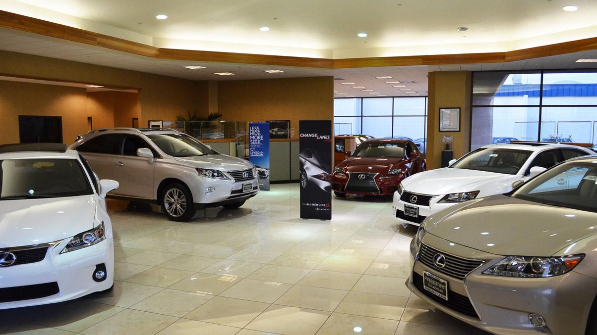 Exceptional Freeman Lexus CA Showroom Dealer 1204001